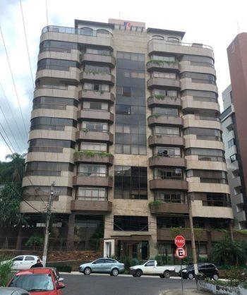 Apartamento com 03 quartos, 227m², Centro, Criciúma