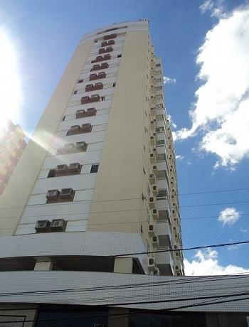 Apartamento c/ 03 dormit坦rios, Centro, Crici炭ma, 141m族