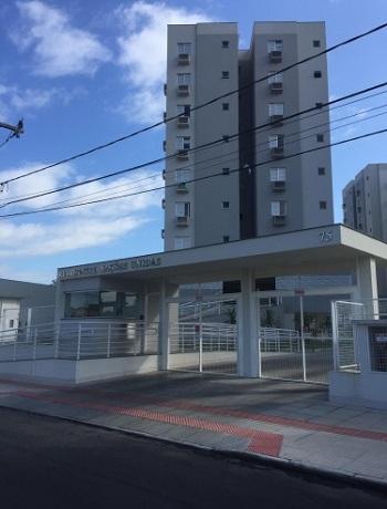 Apartamento 02 quartos Pinheirinho, Crici炭ma