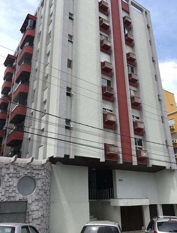 Apto com 03 quartos à venda no Centro, Criciúma